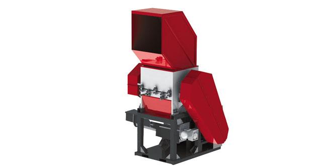 Üstün İş Makina Plastik Kırma Makinesi