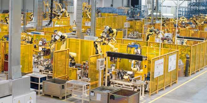 Emniyet hizmetleri, üretim hatlarının tüm emniyet gerekliliklerinin karşılanmasını sağlayarak üretim hedeflerine odaklanmayı sağlıyor